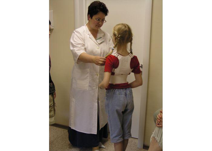 Комплекс упражнений при нарушении осанки для детей 7 лет